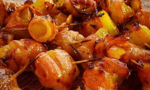 Bacon-Wrapped Sweet Potato – a bacon snack/starter on the braai